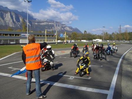 Pocket Bike - Rencontre amicale à Morestel dans l'Isère (38)